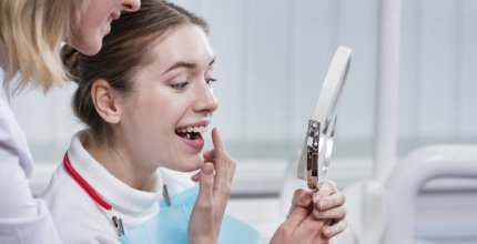 Ganhe o poder de sorrir com lentes de contato dental